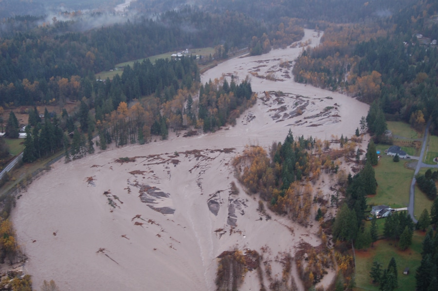 Flooded Puyallup River in Pierce County, WA. Image courtesy of Dennis Dixon, CFM; Pierce County Public Works – Surface Water Management.